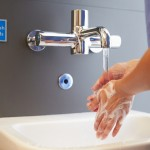 Close,Up,Of,Medical,Staff,Washing,Hands
